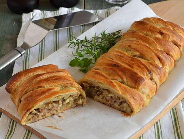Ricetta bresaola: Strudel salato con tartare e zucchine